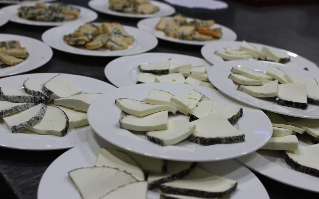 quesos_granadilla_restaurante_carvajal_giron